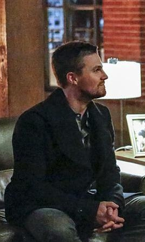 Stephen Amell with Bar III Double Breasted Peacoat in Arrow