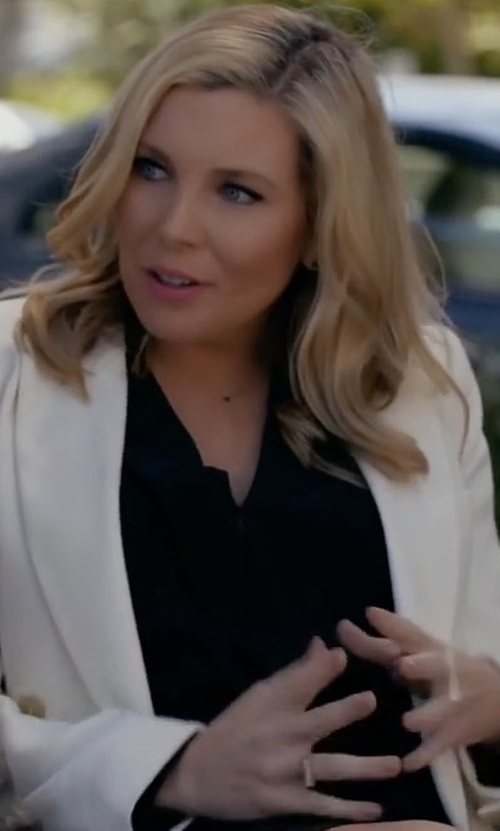 June Diane Raphael with Joan Vass Two-Button Pique Blazer in Grace and Frankie