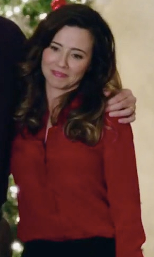 Linda Cardellini with Frank & Eileen Eileen Button-Front Shirt in Daddy's Home 2
