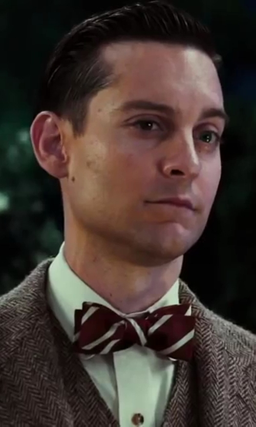 Tobey Maguire with Alexander Olch Woven Stripe Bow Tie in The Great Gatsby