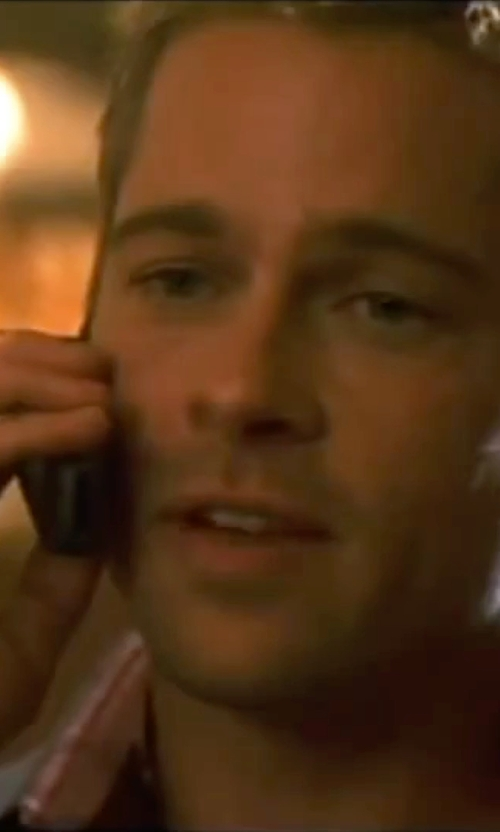 Brad Pitt with David Yurman Heirloom Classic Signet Ring in Ocean's Eleven
