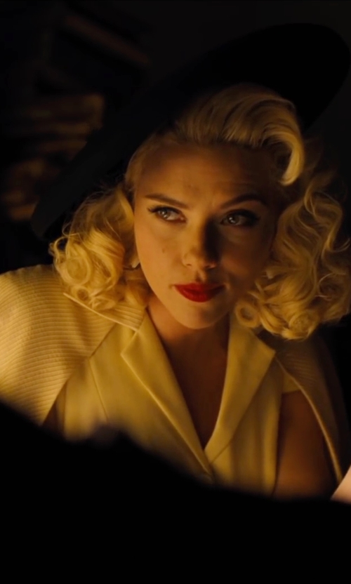 Scarlett Johansson with Griffen Ribbed Cashmere Cardigan in Hail, Caesar!