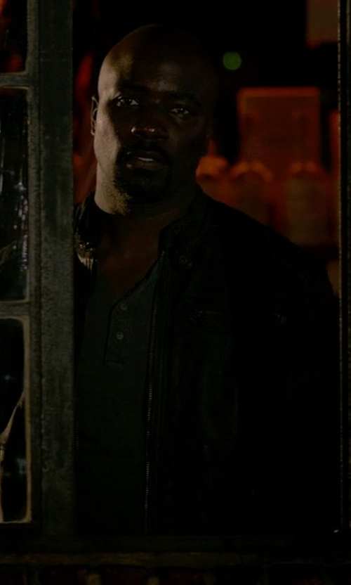 Mike Colter with 321 Longsleeved Henley T-Shirt in Jessica Jones
