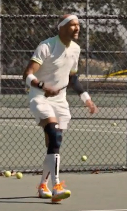 Keegan-Michael Key with Nike Federer Zoom Vapor 9.5 Tennis Sneakers in Friends From College
