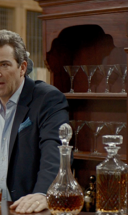 Jon Tenney with Godinger Dublin Crystal Wine Decanter in The Best of Me