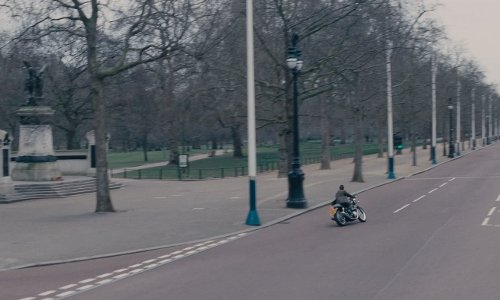 The Mall London, England in Edge of Tomorrow