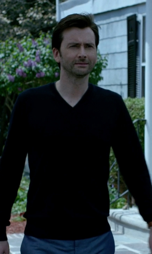 Wil Traval with Boss Orange Sweater with V Neck in Jessica Jones