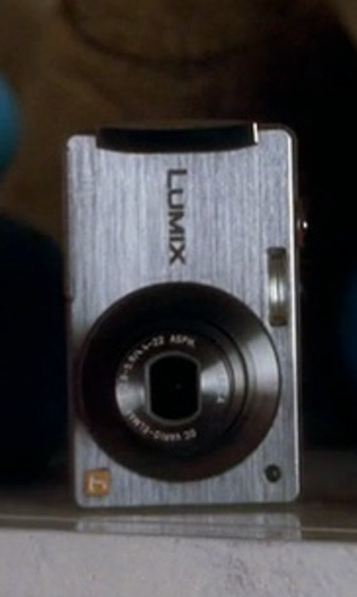 Analeigh Tipton with Panasonic Lumix DMC-FS3S 8MP Digital Camera in Crazy, Stupid, Love.