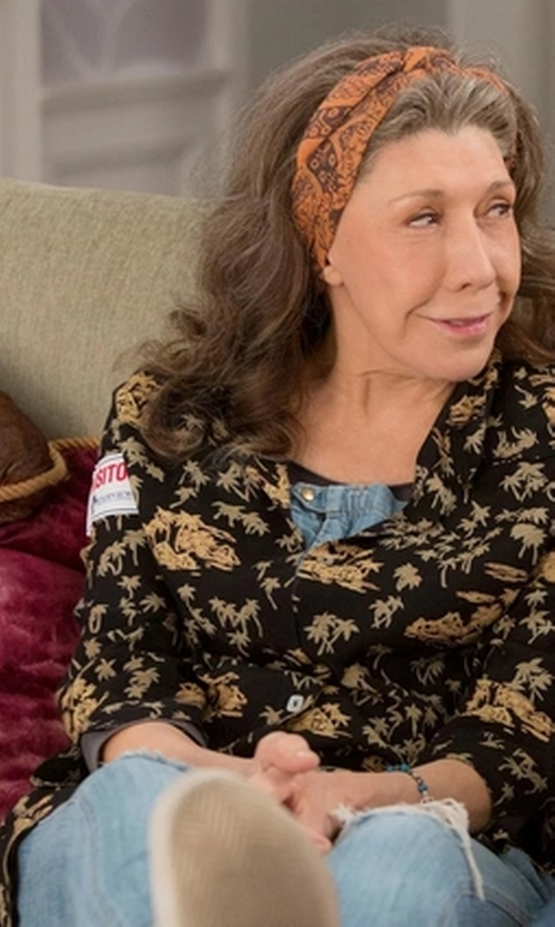 Lily Tomlin with Unif Brit Overalls in Grace and Frankie
