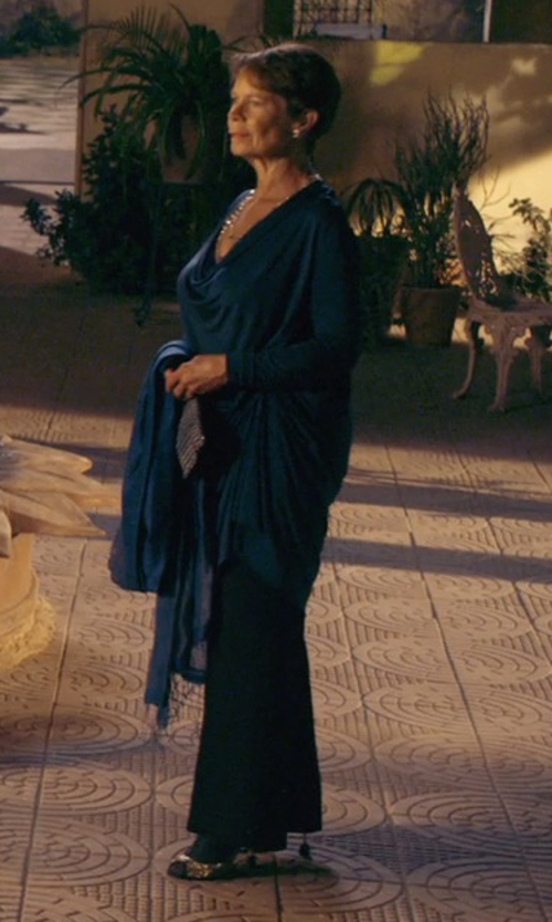 Celia Imrie with Caroline Rose Margarita Wide-Leg Stretch Pants in The Second Best Exotic Marigold Hotel