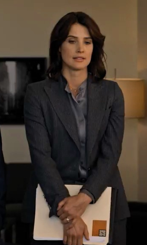 Cobie Smulders with Ji Oh Stripe Wool Stripe Blazer in Friends From College
