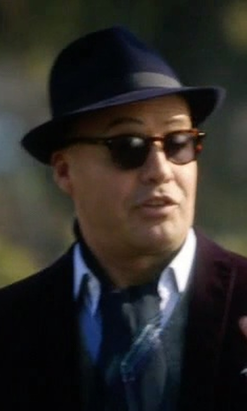 Billy Zane with Ray-Ban Round Sunglasses in Guilt