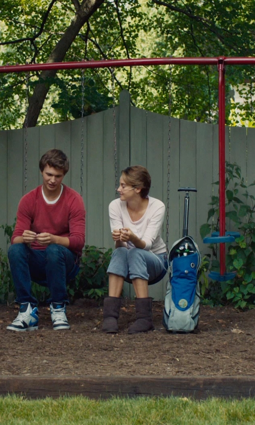 Shailene Woodley with UGG Australia 'Classic Short' boot in The Fault In Our Stars
