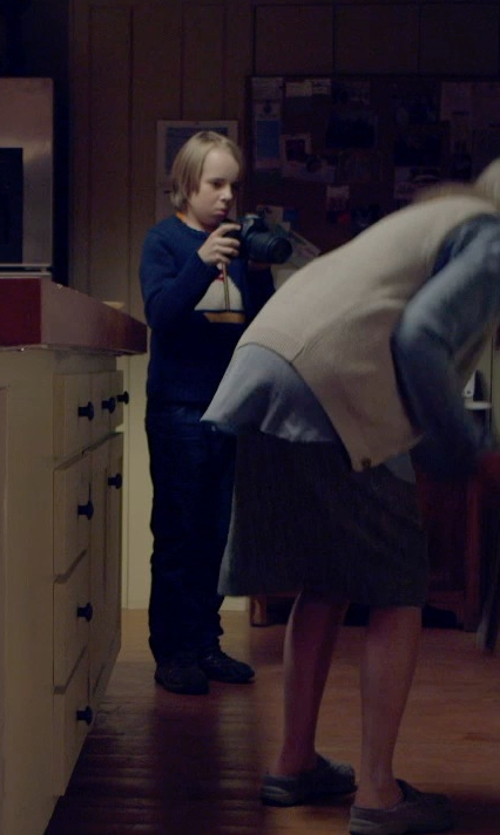 Ed Oxenbould with Tommy Hilfiger Denim Mid Rise Denim Pants in The Visit