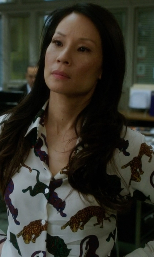 Lucy Liu with Stella McCartney Wilson Wild Cat Print Shirt Cream in Elementary