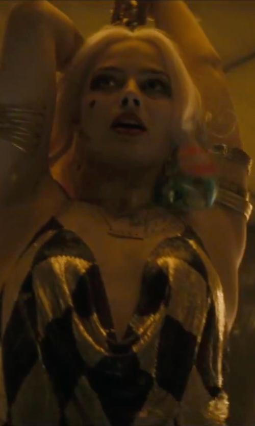 Margot Robbie with Swarovski Distinct Bangle Bracelet in Suicide Squad