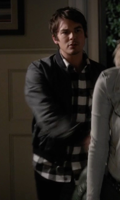Tyler Blackburn with Kenneth Cole Reaction Buff Checked Zip-Pocket Shirt in Pretty Little Liars