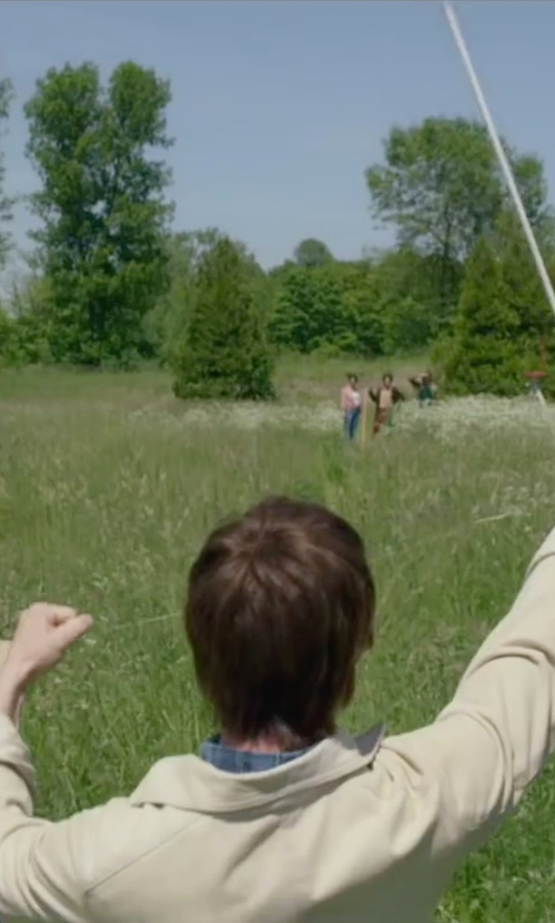 Joseph Gordon-Levitt with Victorinox Villamont Long Sleeve Linen Shirt in The Walk