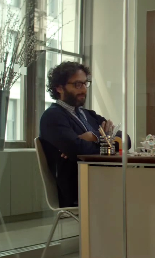 Jason Mantzoukas with Express Dot Print Narrow Silk Blend Tie in Sleeping with Other People