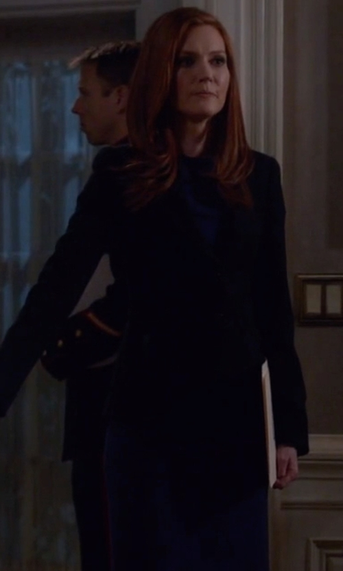 Darby Stanchfield with Theory Betty 2B Edition Dress in Scandal