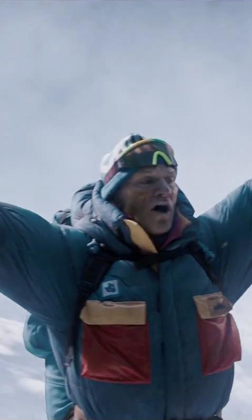 Ingvar Eggert Sigurðsson with Grandoe Envoy Insulated Gloves in Everest