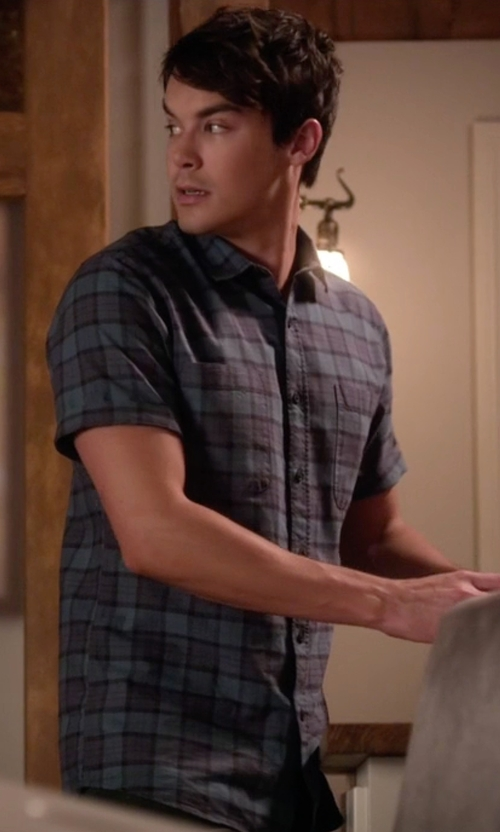 Tyler Blackburn with Topman Green Tartan Short Sleeve Casual Shirt in Pretty Little Liars