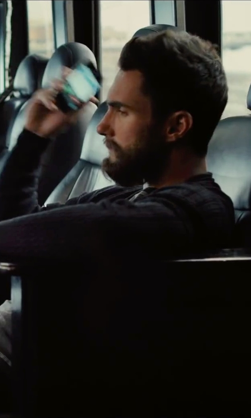 Adam Levine with Apple iPhone 5 in Begin Again
