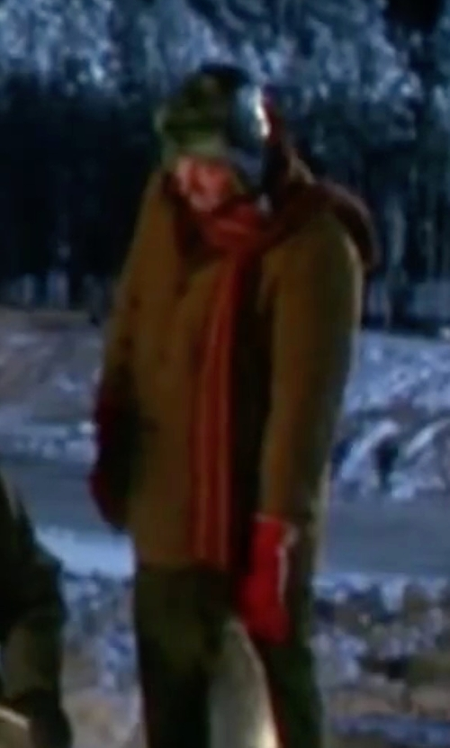 Randy Quaid with Barbour Wool Button Cardigan in Christmas Vacation