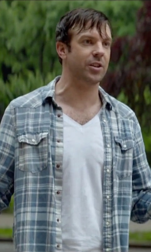 Jason Sudeikis with Polo Ralph Lauren Plaid Linen Workshirt in Sleeping with Other People