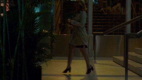 Kristen Bell with Madewell The Jamie Crisscross Slingback Sandal in The Boss