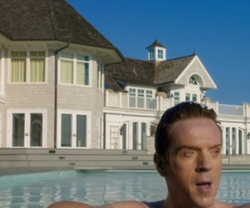 Damian Lewis with Meadow Lane House Southampton, New York in Billions