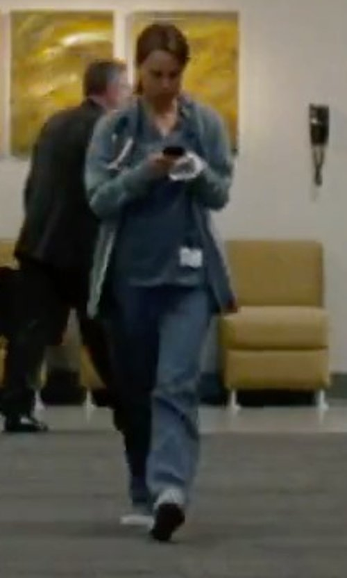 Natalie Portman with WonderWink The Uniform Seamless Scrub Pant in No Strings Attached