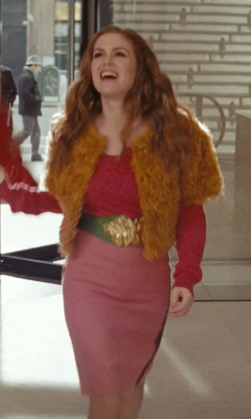 Isla Fisher with St. John Collection Santana Pencil Skirt in Confessions of a Shopaholic
