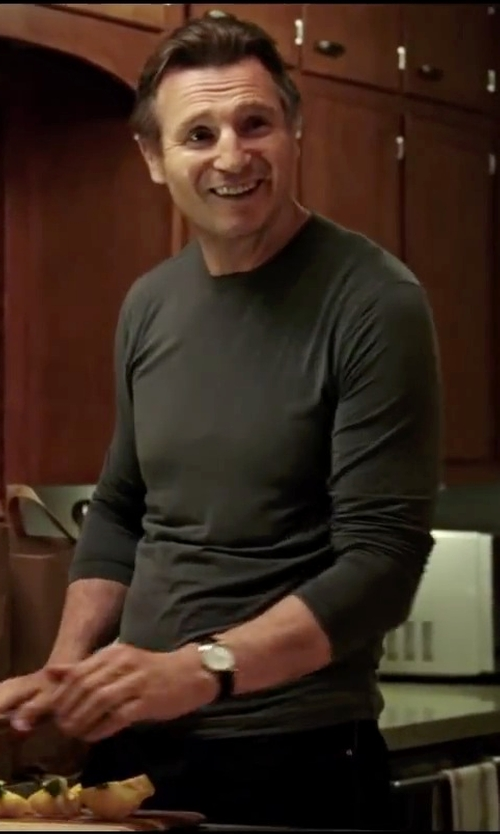 Liam Neeson with Derek Rose Marlowe Crew-Neck T-Shirt in Taken 3