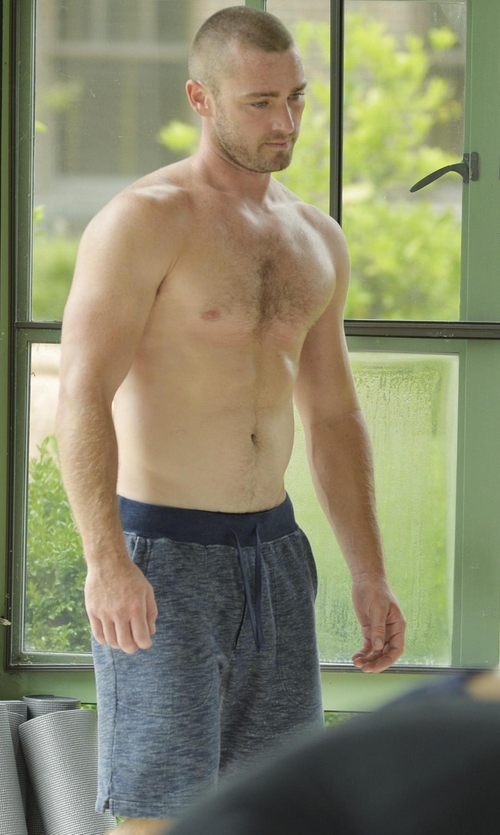 Jake McLaughlin with Barney Cools Drawstring Shorts in Quantico