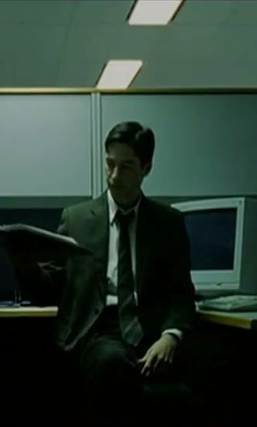 Keanu Reeves with Calibrate Woven Silk Tie in The Matrix