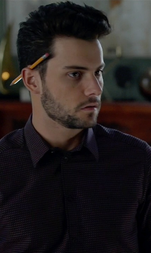 Jack Falahee with Sovereign Code Eastside Shirt in How To Get Away With Murder