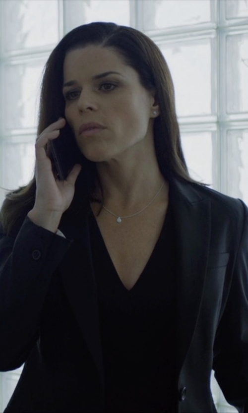 Neve Campbell with Veronica Beard Long & Lean Blazer Jacket in House of Cards