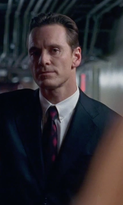 Michael Fassbender with Forzieri Plaid Woven Silk Narrow Tie in Steve Jobs