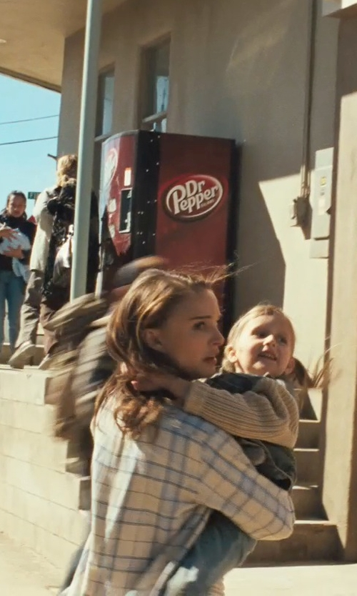 Natalie Portman with Rails Hunter Plaid Button Down Shirt in Thor