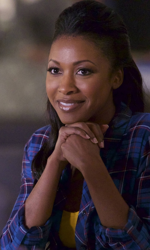 Gabrielle Dennis with Rails Hunter Plaid Button-Down Shirt in Rosewood