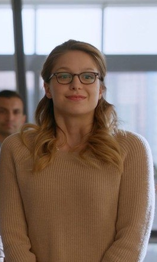 Melissa Benoist with Club Monaco 'Coryn' Sweater in Camel in Supergirl