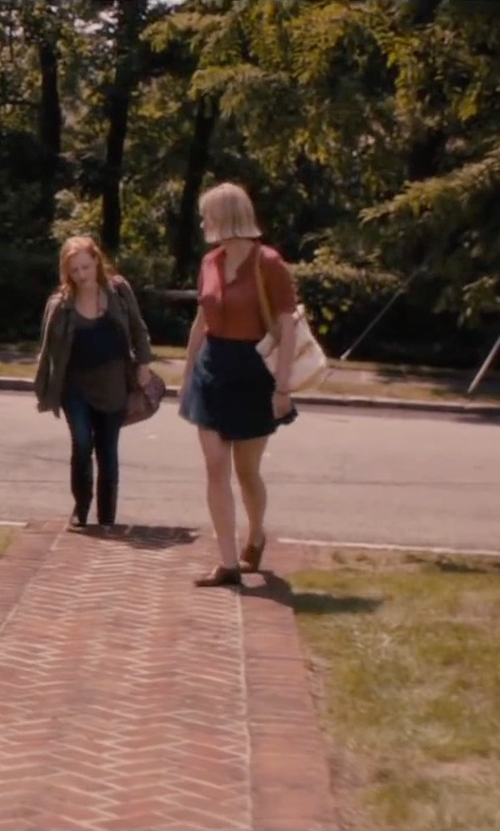 Jess Weixler with Will Leather Goods Reversible Weaver Bag in The Disappearance of Eleanor Rigby