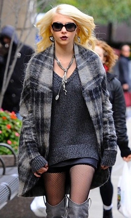 Taylor Momsen with Zero + Maria Cornejo Macaroon Coat in Gossip Girl