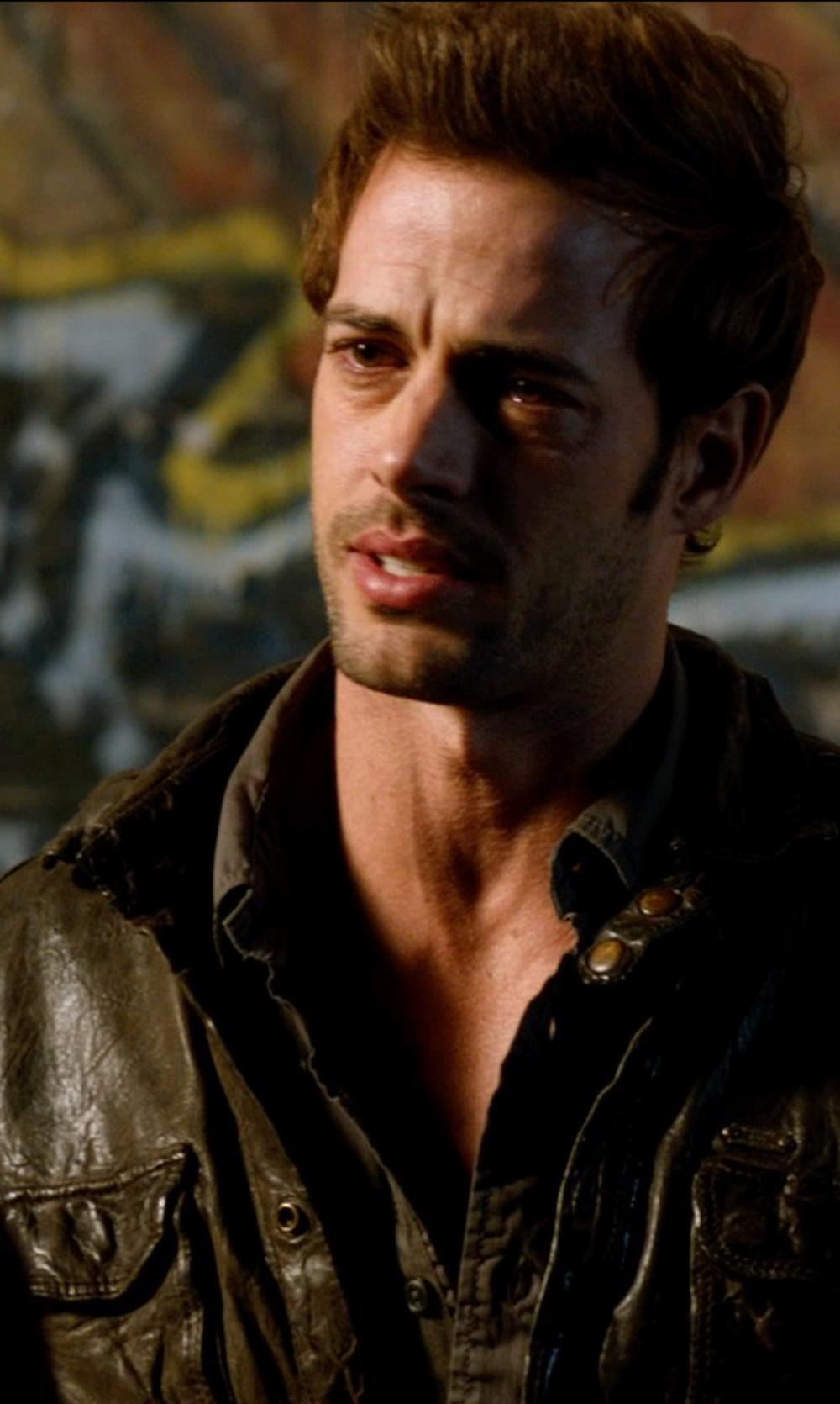 William Levy with Strellson Solid Button-Down Shirt in Addicted