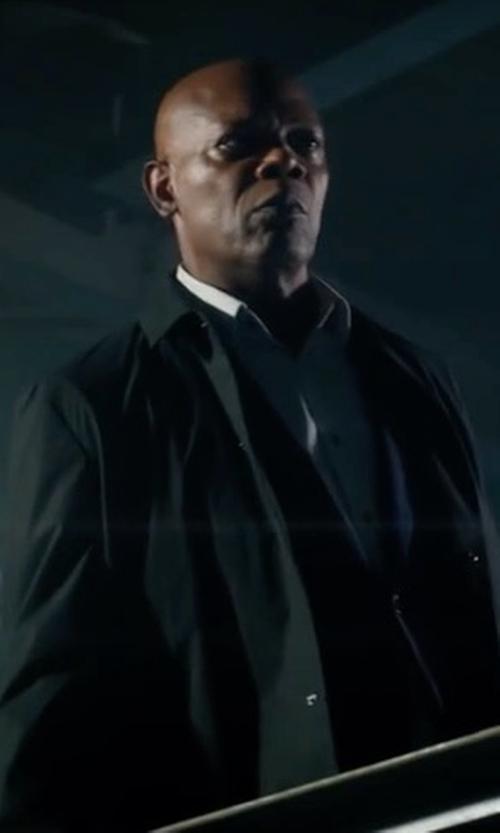 Samuel L. Jackson with Peter Millar Modena Reversible Trenchcoat in The Hitman's Bodyguard
