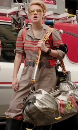 Kate McKinnon with Jeffrey Kurland (Costume Designer) Custom Made Ghostbusters Costume (Jillian Holtzmann) in Ghostbusters (2016)