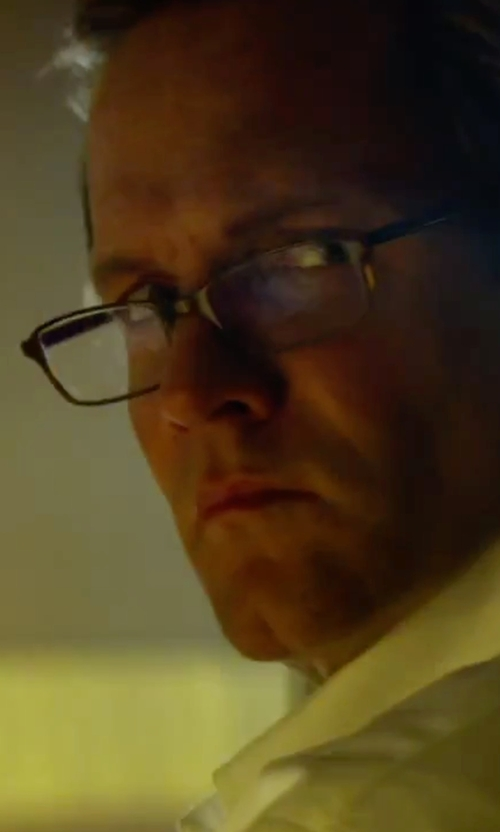 Toby Stephens with Paul Smith Woodley Eyeglasses in 13 Hours: The Secret Soldiers of Benghazi