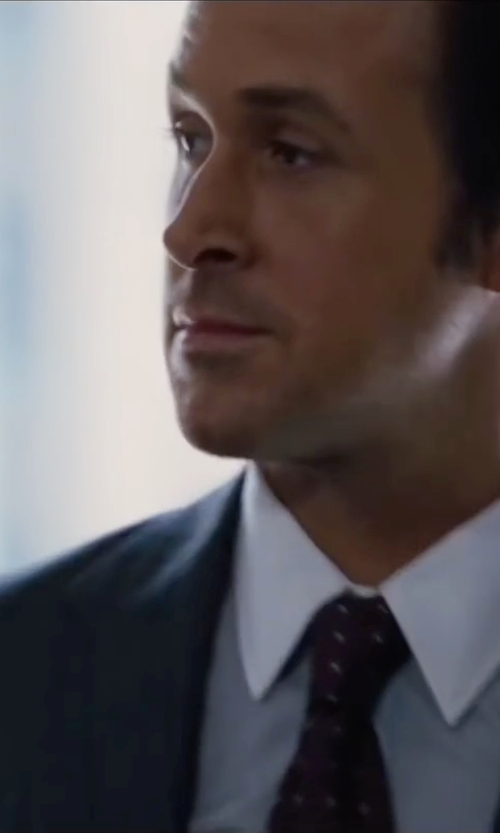 Ryan Gosling with Hugo Boss Muted Plaid Johnstons Lenon Suit in The Big Short