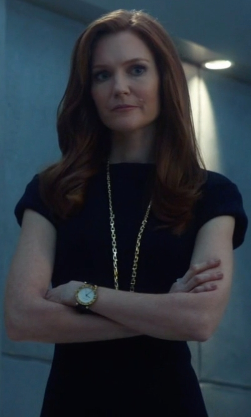 Darby Stanchfield with Theory Jatinn K Short Sleeve Sheath Dress in Scandal